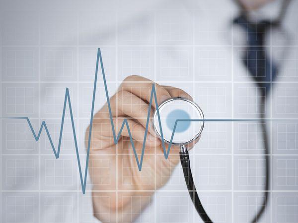 心臟血管科醫師:做好1個小動作,心肌梗塞猝死、中風一網打盡!