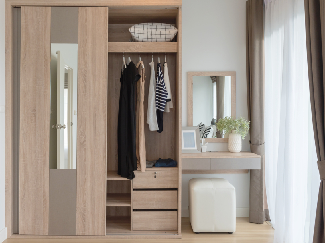 千萬別買這18種衣服!實踐簡單生活,巧用三原則管理衣櫃,人生活得更漂亮