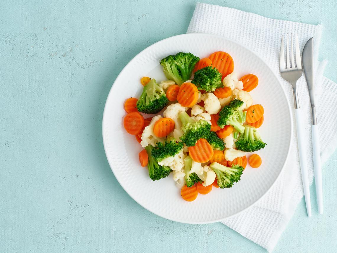為了健康,要實踐的飲食法!完整解析7種蔬菜:這樣吃防癌、抗衰老、提高記憶力