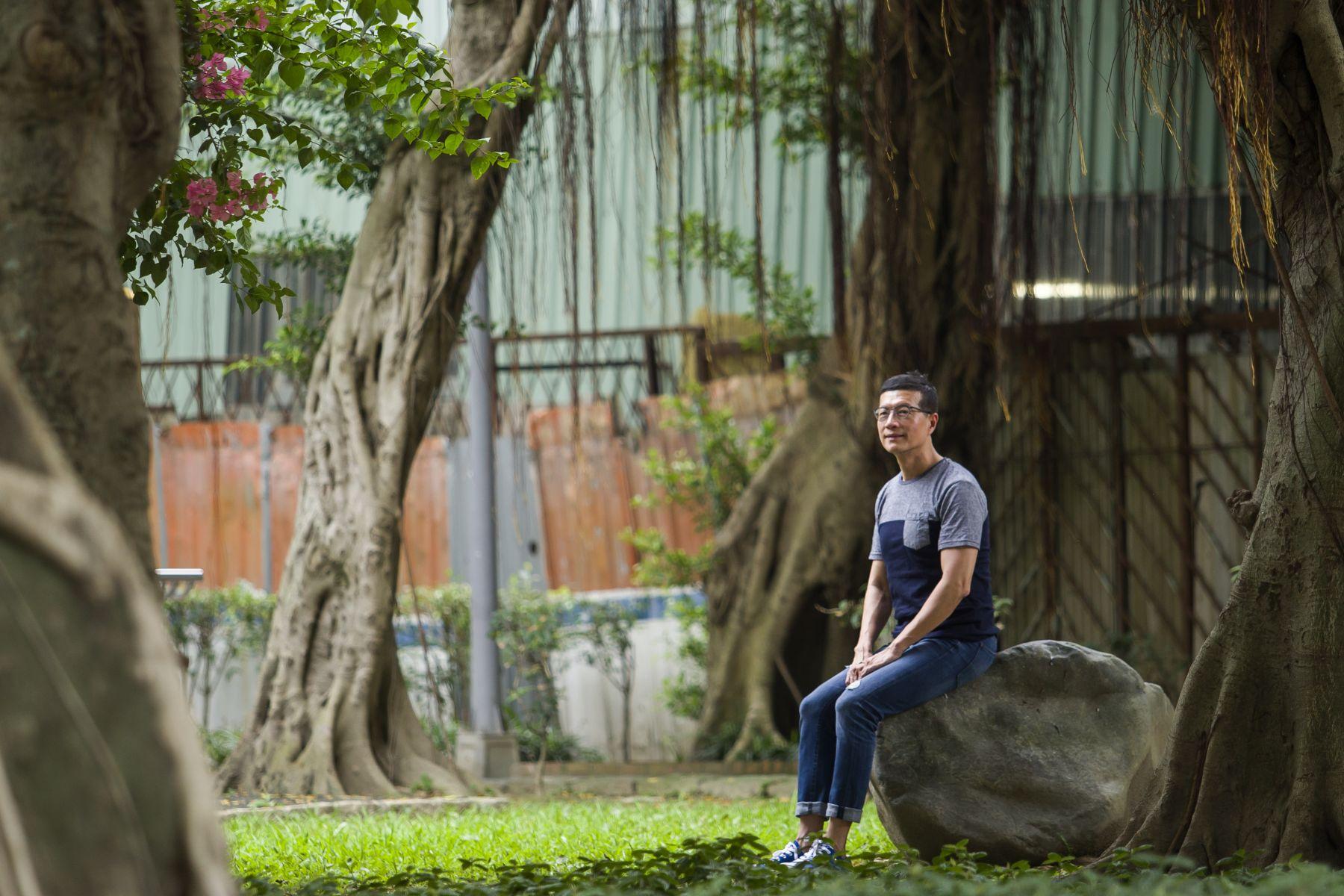 爸爸住院4個月就離世 吳若權:原來死亡這麼近,交代好「3遺」後,我要以樹葬告別