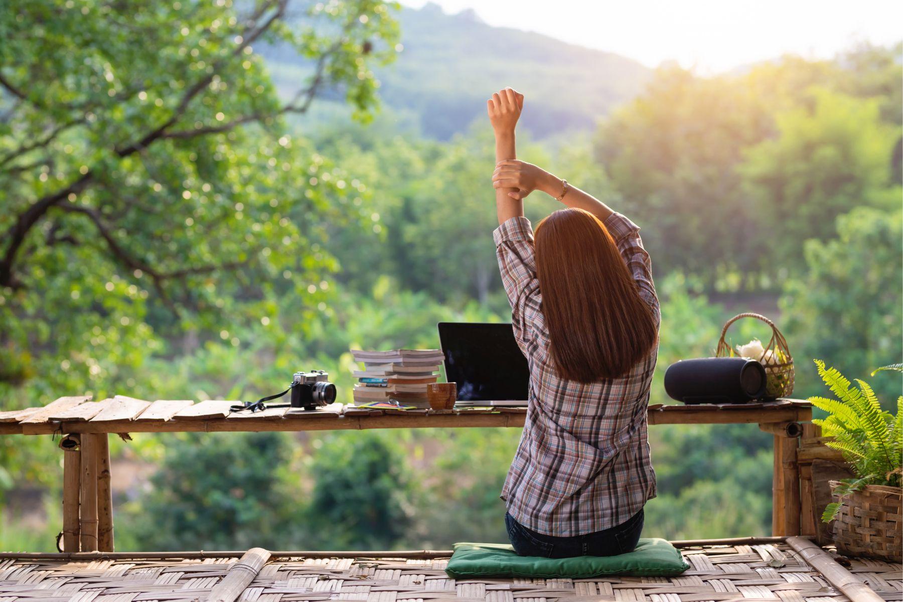 把每天都當作「生命的最後一天」!向卡內基學快樂生活:就讓我們掌握今天,活在當下
