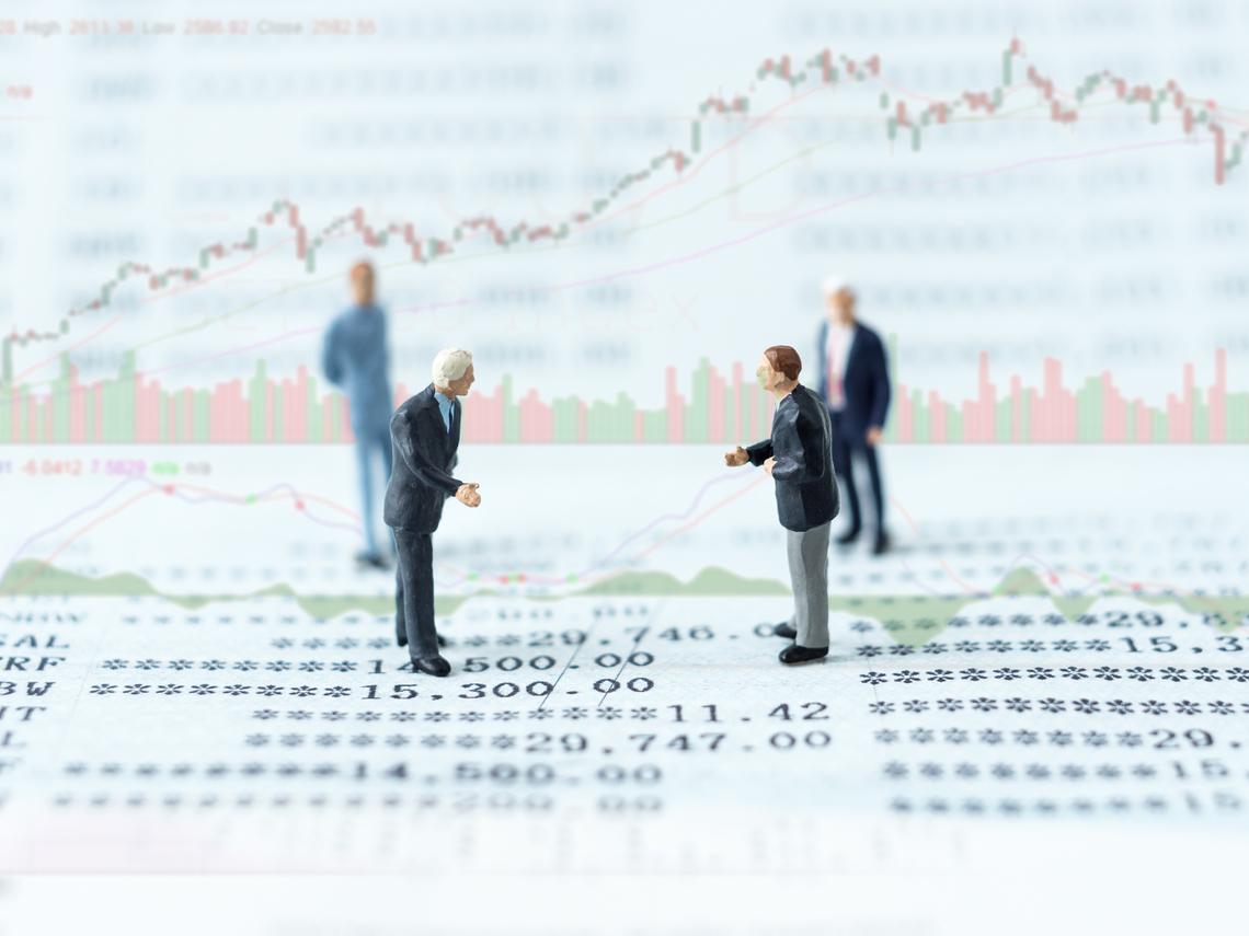 4年存300張金融股!他用5條件篩選:股價穩定、風險低的「20檔存股名單」