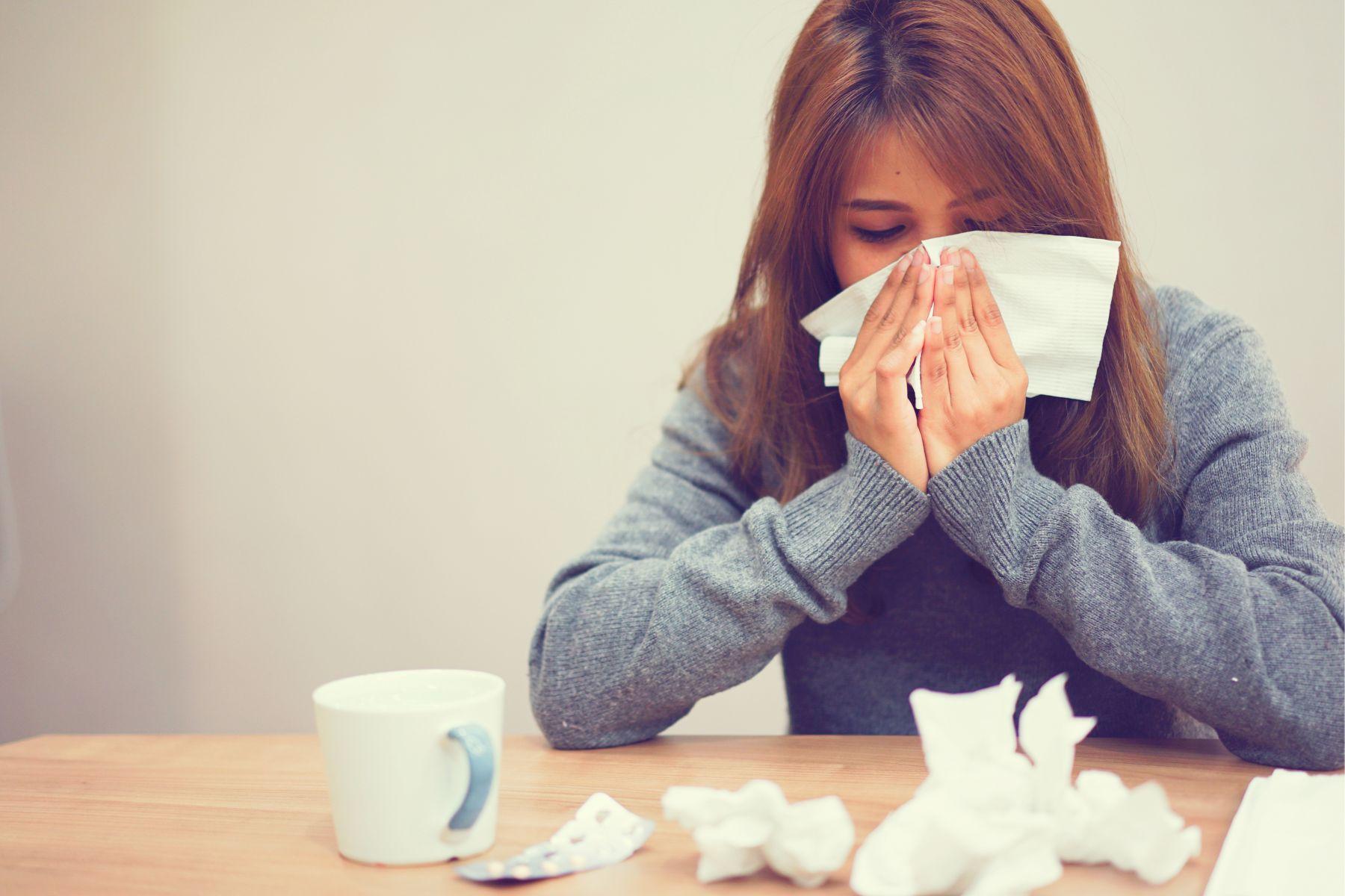 鼻塞竟是癌症害的嗎?感冒、鼻竇炎咳痰或擤鼻涕時,出現血絲症狀小心是鼻咽癌