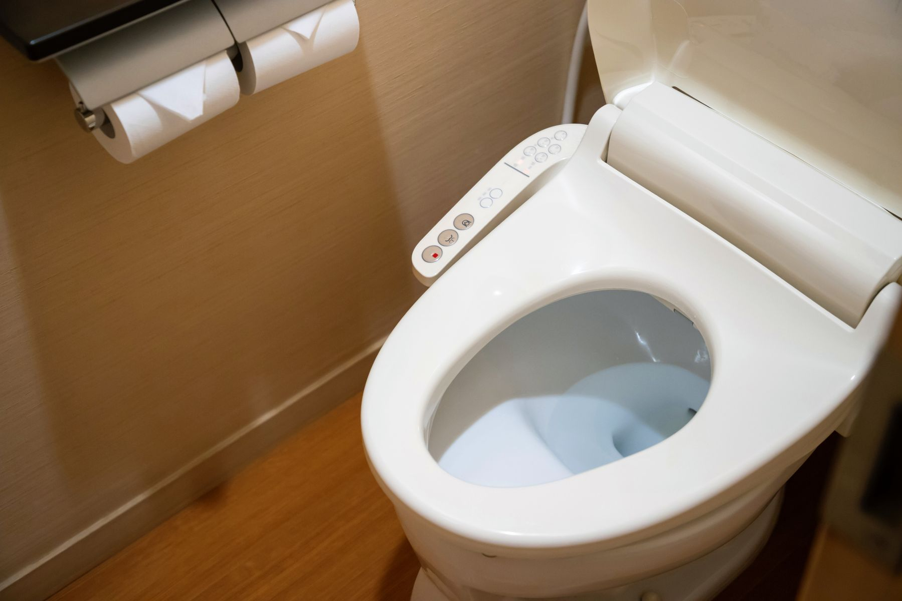 大便常黏在馬桶小心罹「癌症」?濕熱體質不調理,小心損害腸胃、釀發炎,致癌率大增