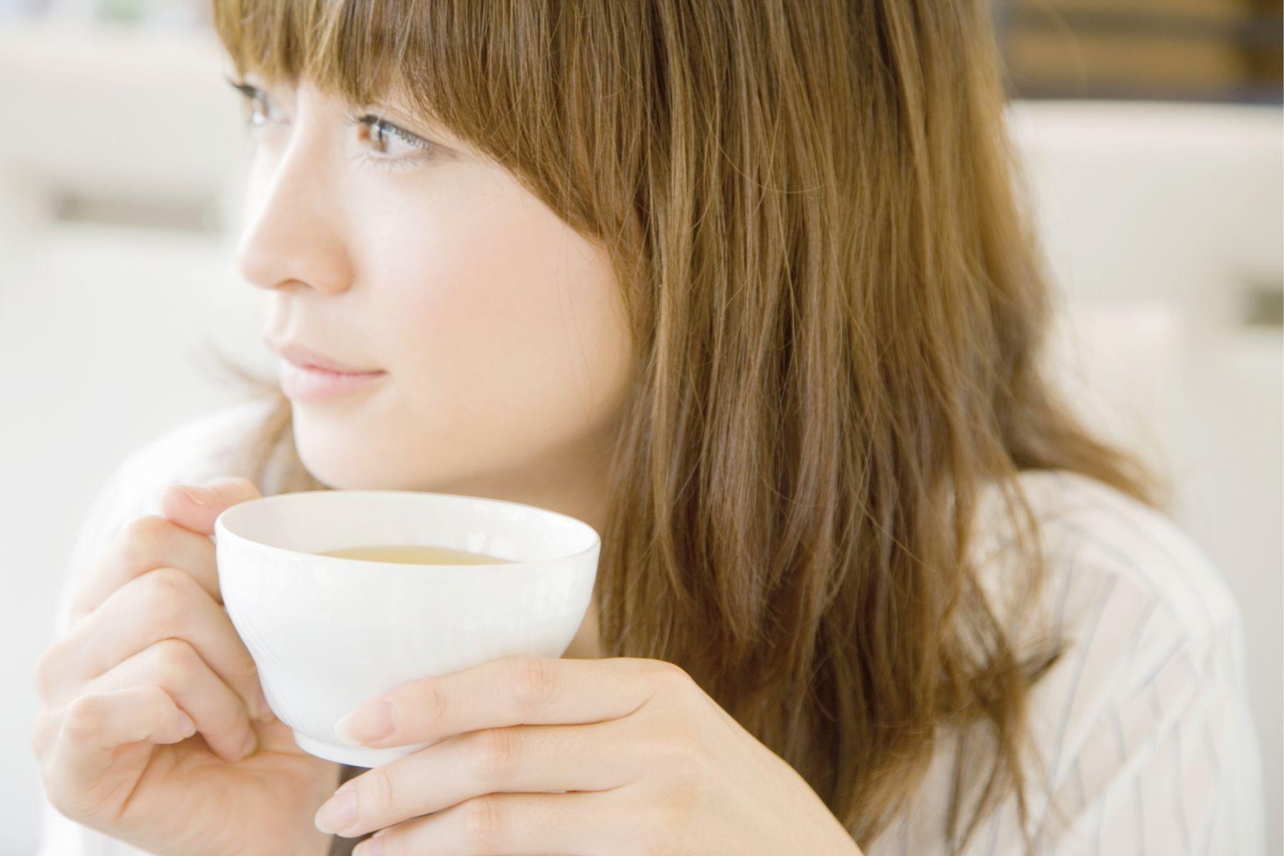 更年期能喝咖啡嗎?會加劇盜汗、熱潮紅症狀?解析腎陰虛、腎陽虛體質:「這樣喝」改善憂鬱、情緒低落