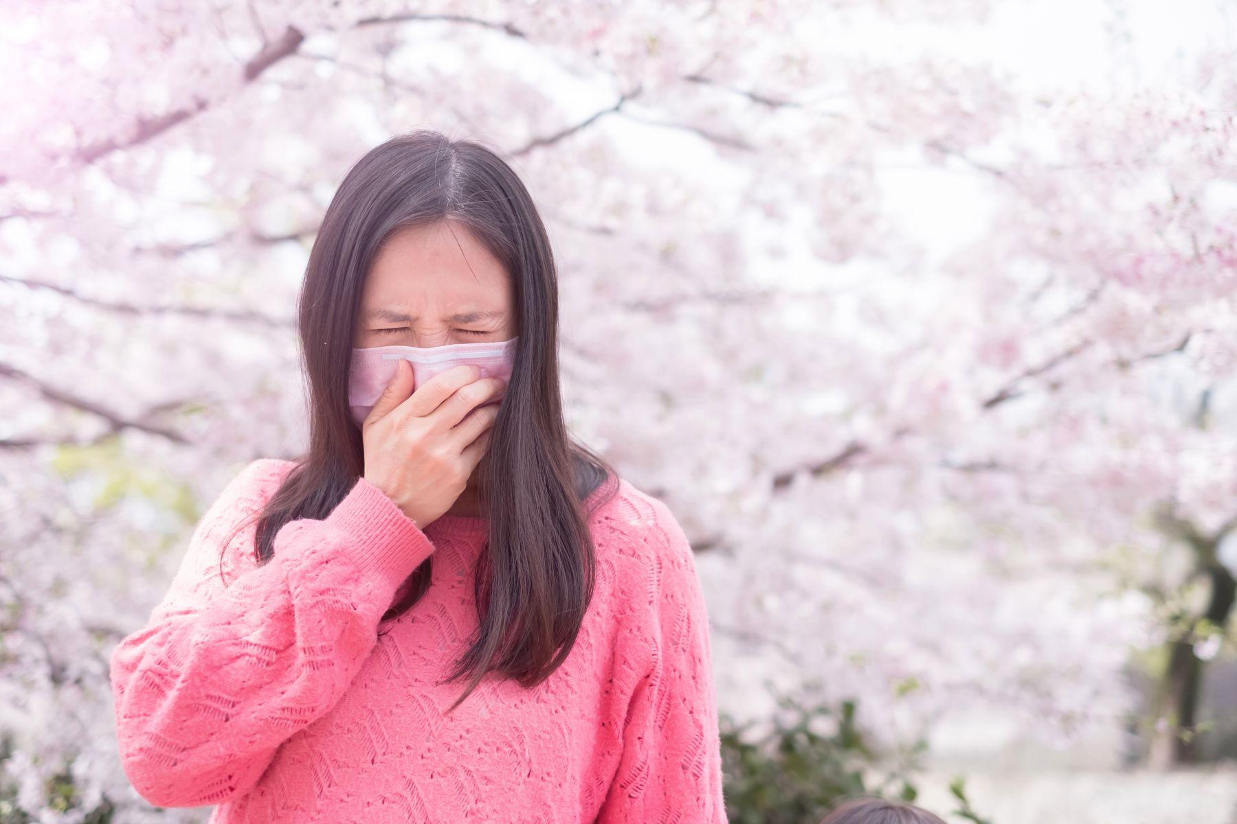 武漢肺炎症狀》感冒可能是冠狀病毒引起?醫師:除了發燒、頭痛、拉肚子...這4大前兆也千萬要注意!