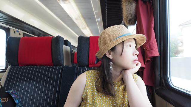 看北極圈極光、環過冰島...更在南歐不斷的豔遇!她體悟:去旅行不是因為有錢,是不想老了後悔