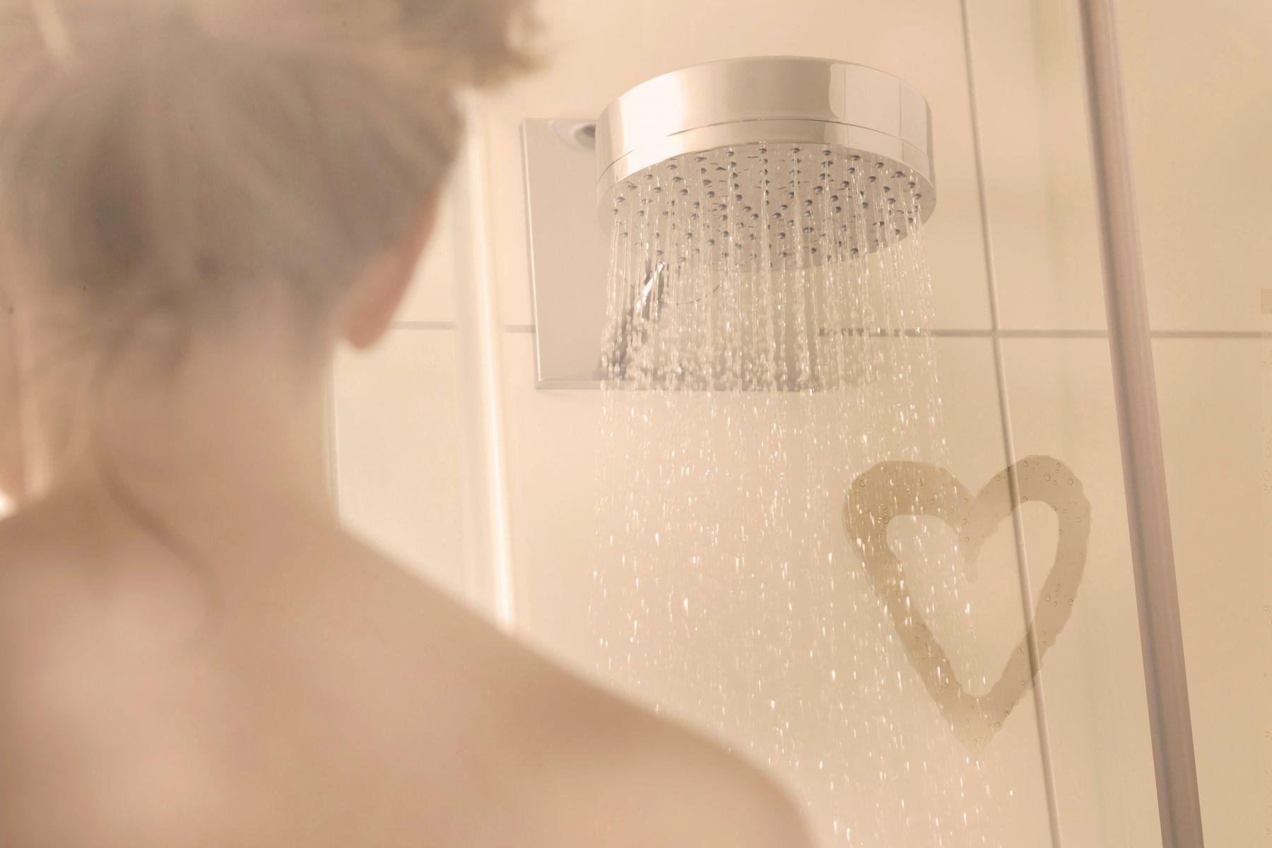 一氧化碳中毒/洗個澡竟罹失智症?不想大腦退化、中毒往生...身體出現這3警訊,馬上停止洗澡!