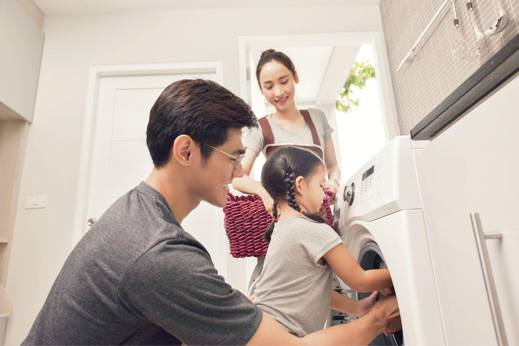 男人們動起來!醫:愛做家事的男人「身體更健康、智商高」