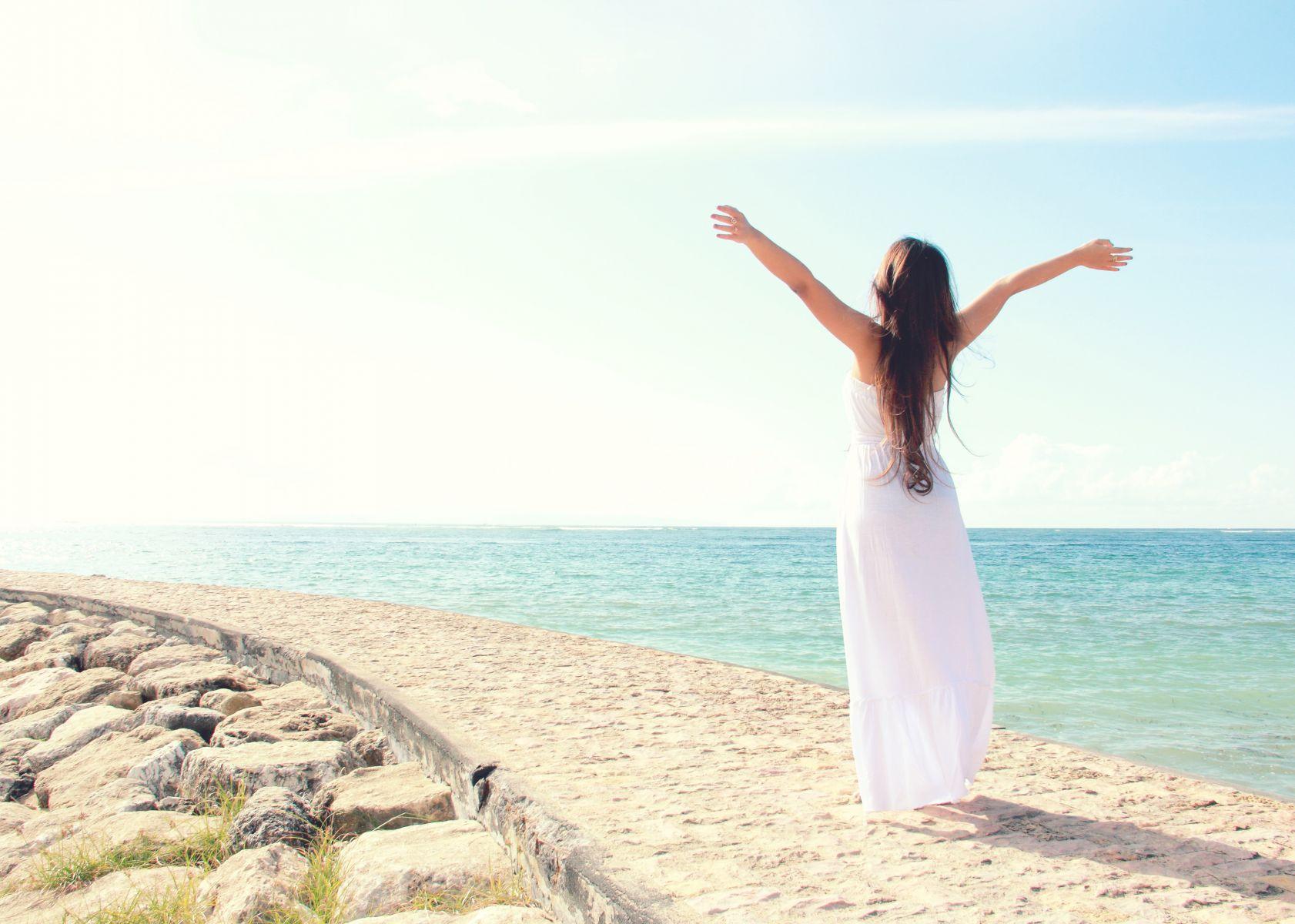 不被負面情緒綁架!專家教你這樣放掉雜念,心靈安定好幸福