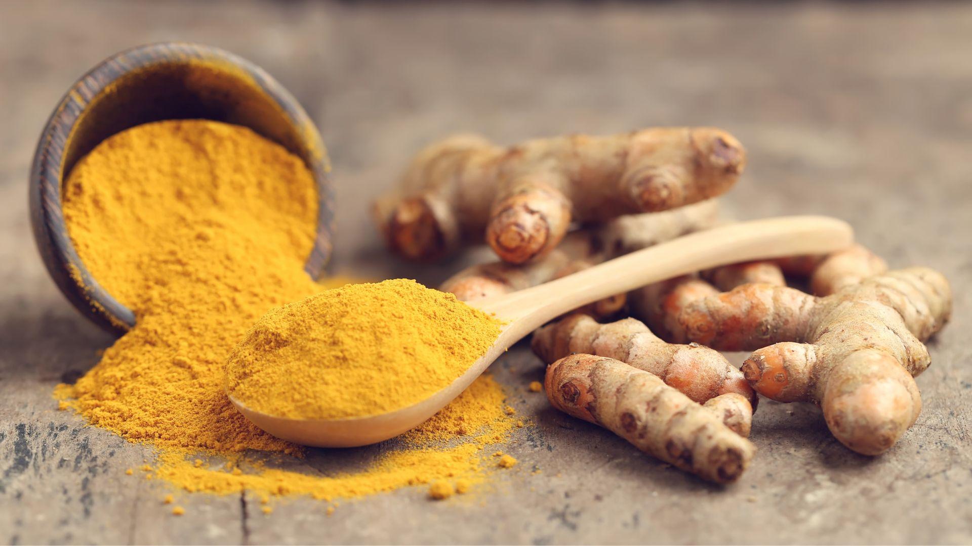 提升薑黃素吸收率!薑黃這樣吃抗發炎,降低腦損傷、心血管疾病風險