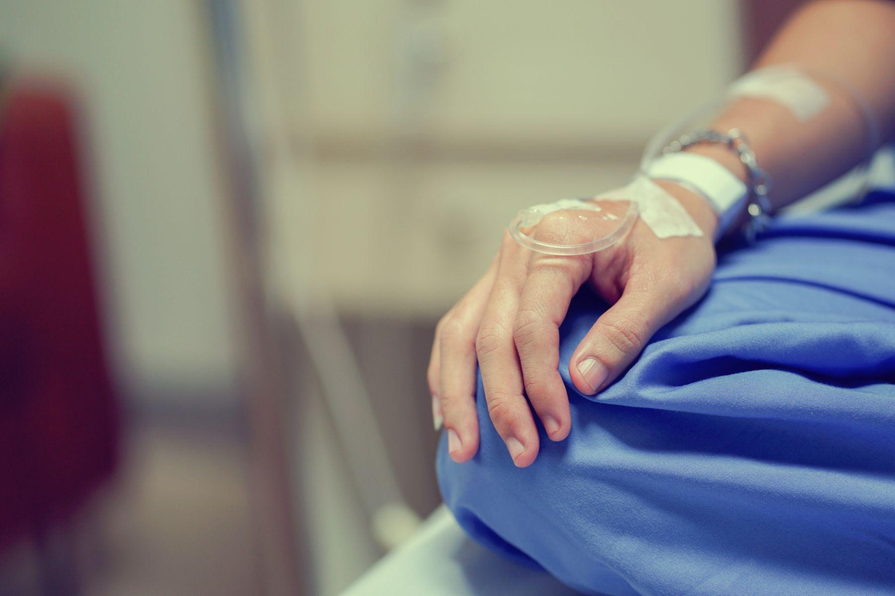 40歲後最易大腸癌!分辨痔瘡、大腸癌:出現大便習慣改變、體重下降和腹痛...4大癌症前兆速速就醫