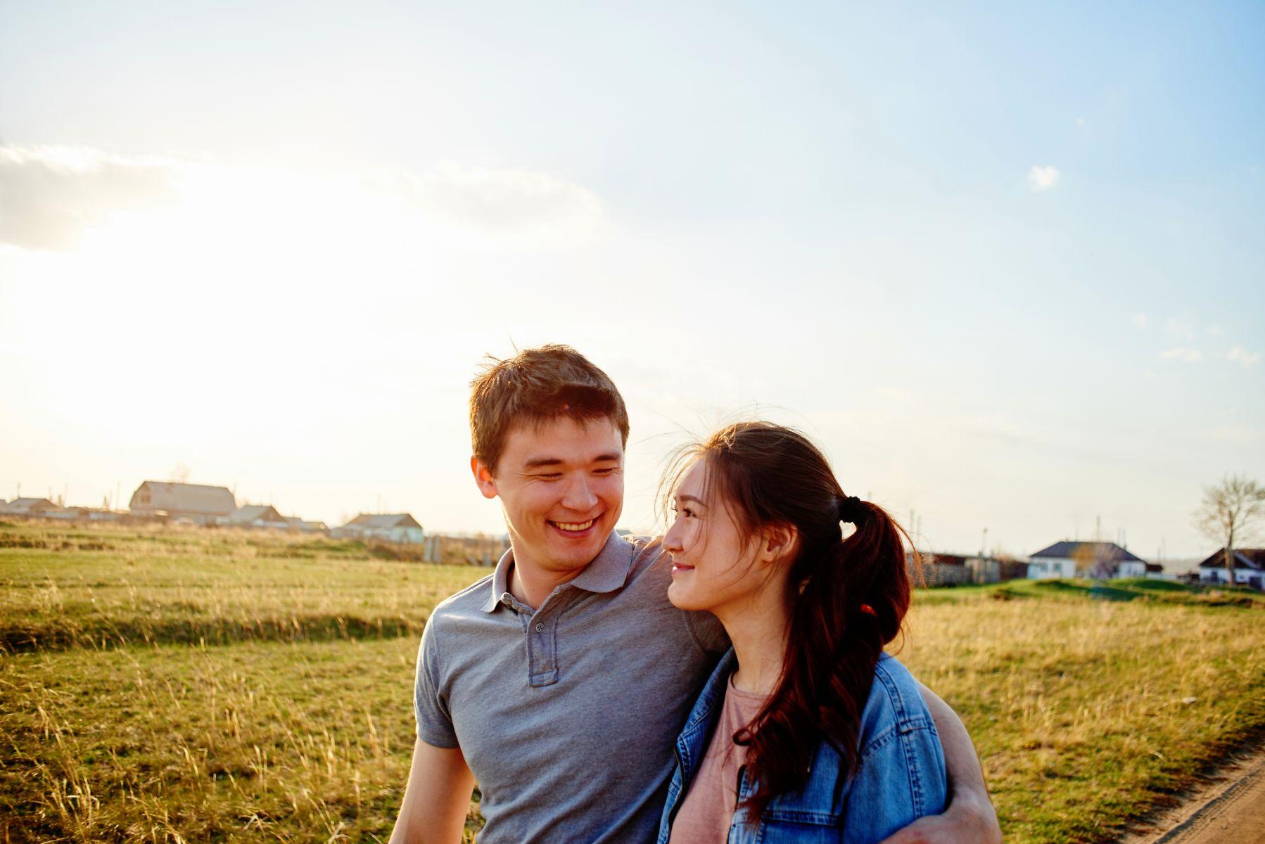 你跟著他,快樂嗎?要讓伴侶幸福,先讓自己快樂...5個指標,給中年婚姻超快樂!