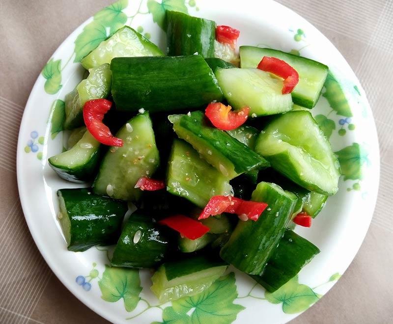 美容、減肥必吃小黃瓜!阿基師「涼拌小黃瓜」快速入味法