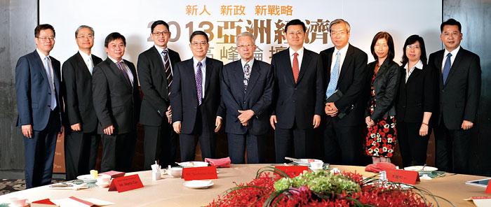 「2013亞洲經濟高峰 論壇」在台北場(上) 及台中場,日圓 議題都是與會人士的注目焦點。(攝影.林煒凱)