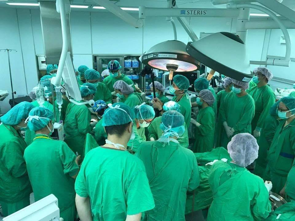 逾30名醫護擠手術室仍救不回新生兒 台大醫嘆:盡力了