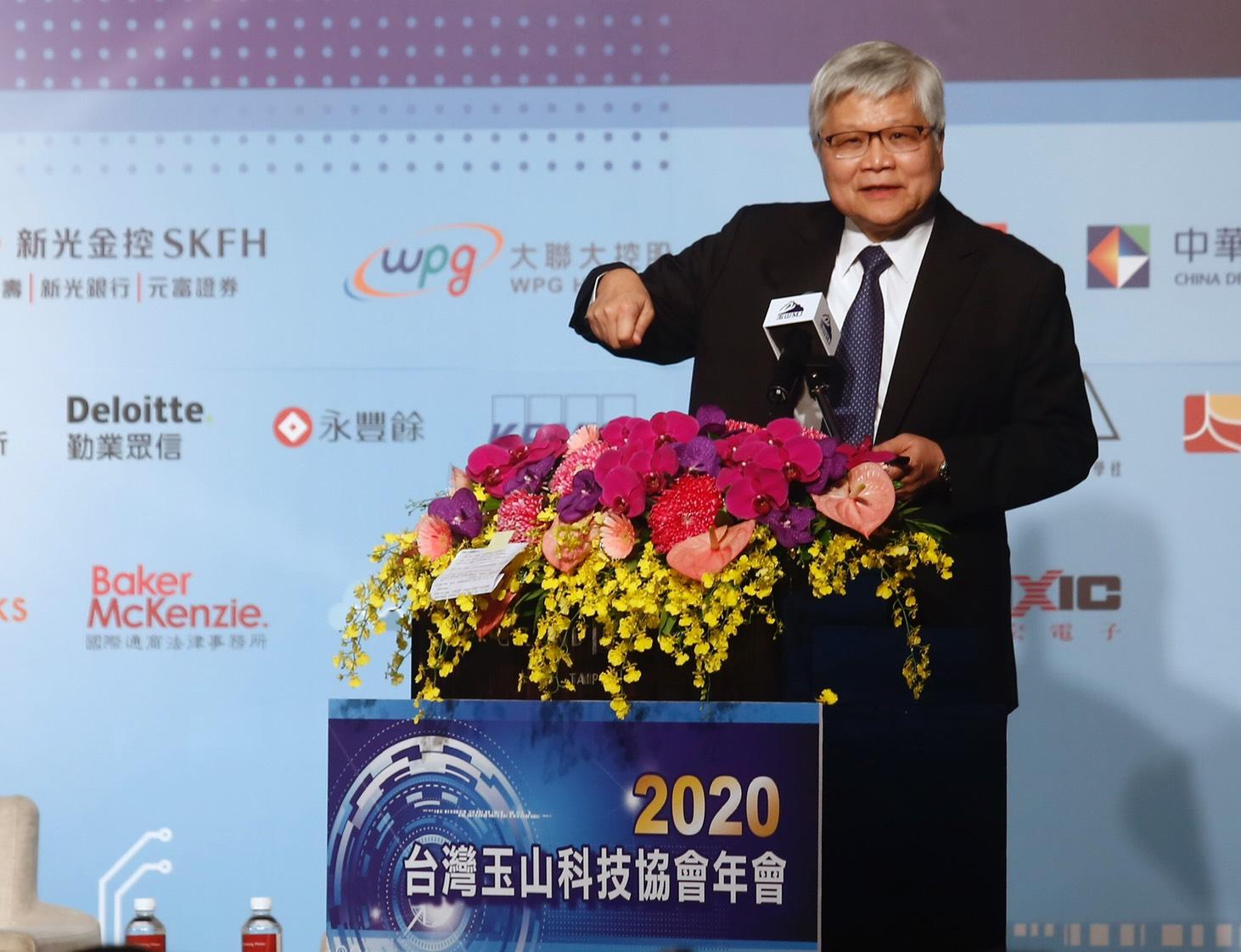 強調台積電對台灣的責任 魏哲家回應謝金河三問