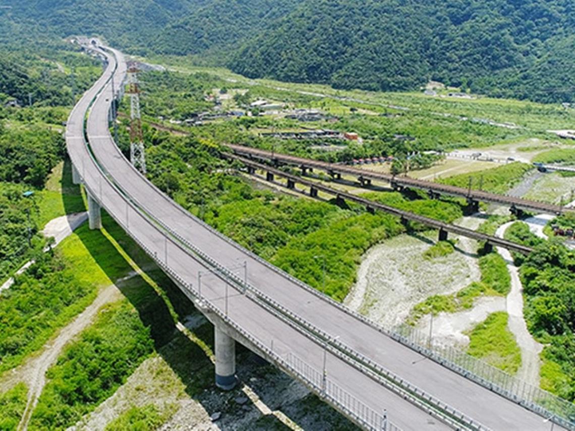 蘇貞昌今宣布蘇花改通車!往返北花省一小時 公路運輸同步上線