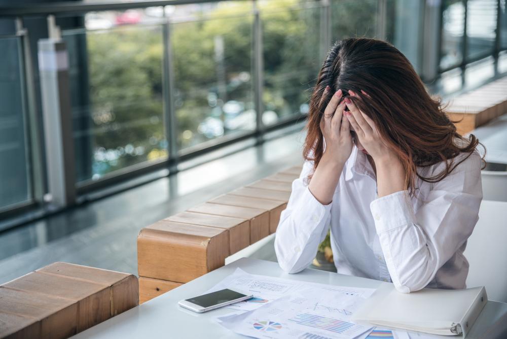 別讓自己的情緒成為「疫情受災戶」! 心情低落該如何處理焦慮? 心理諮商師:用「這三招」自救