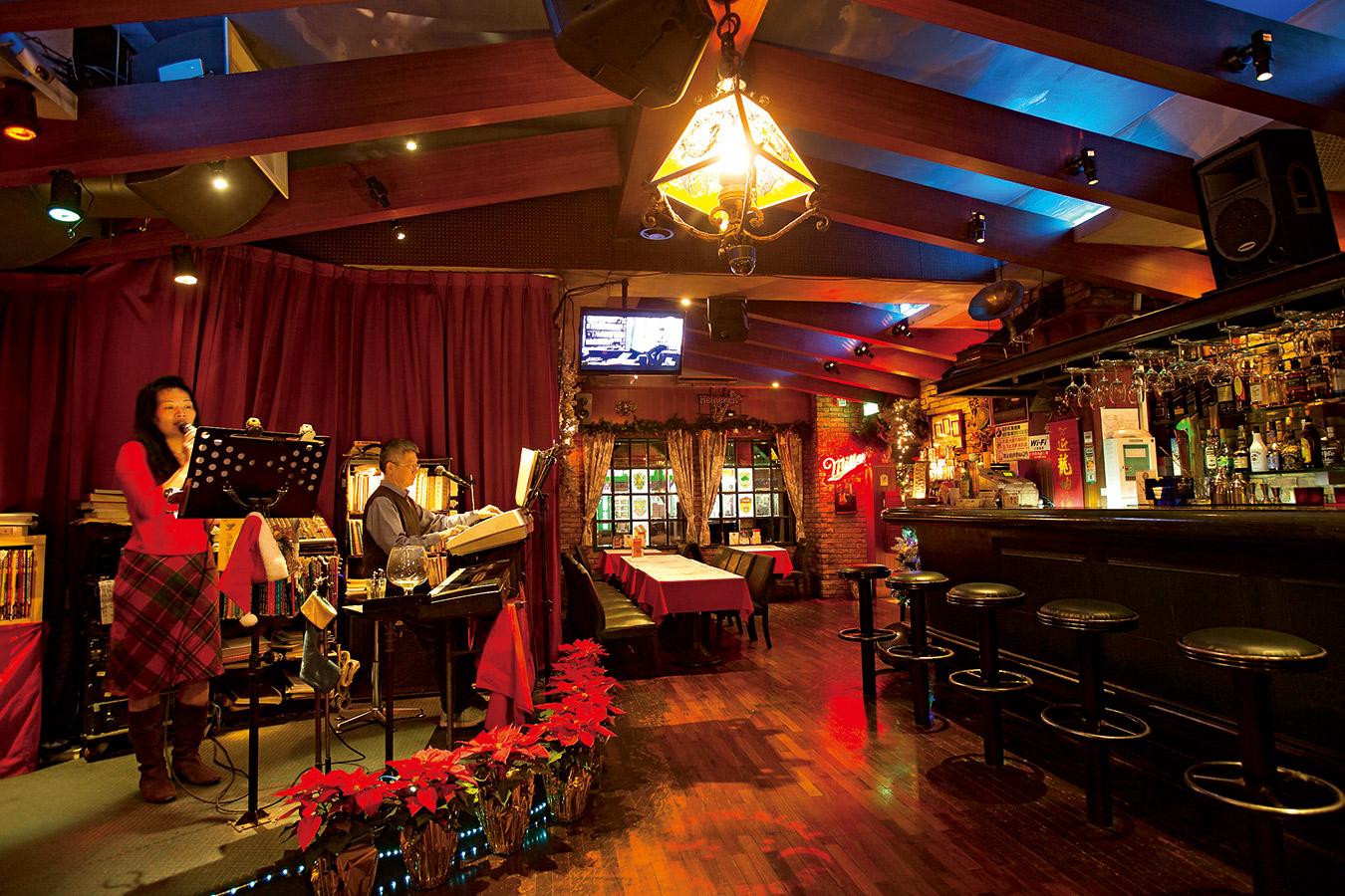 雙月音樂餐廳
