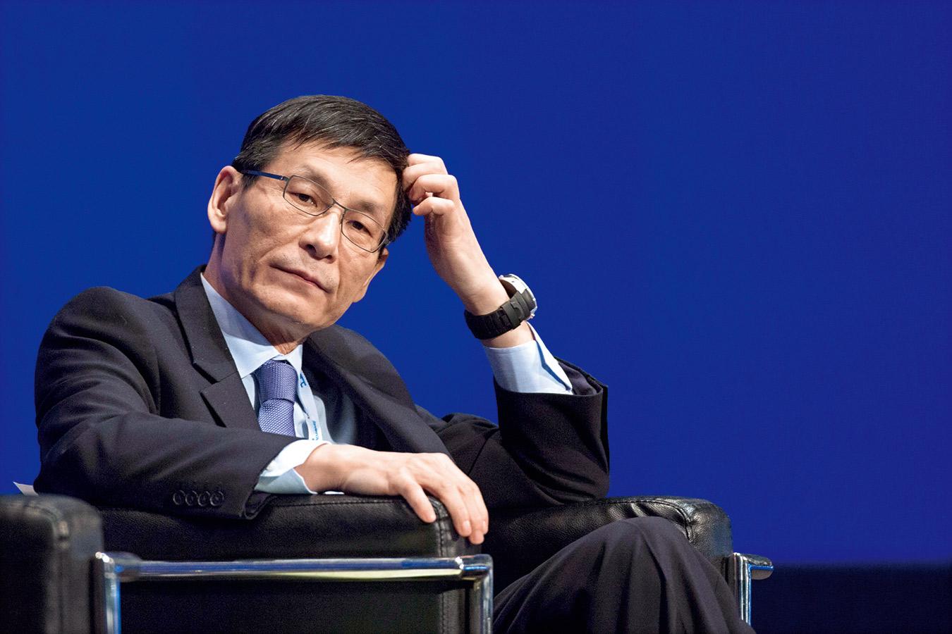 朱鎔基之子朱雲來, 自1998年進入中金公 司後,似也壟斷了中 國大型國企的海外上 市市場。