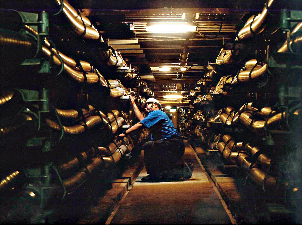 在地下共同管道中各管線單位可直接修繕、維護,不需要挖路。