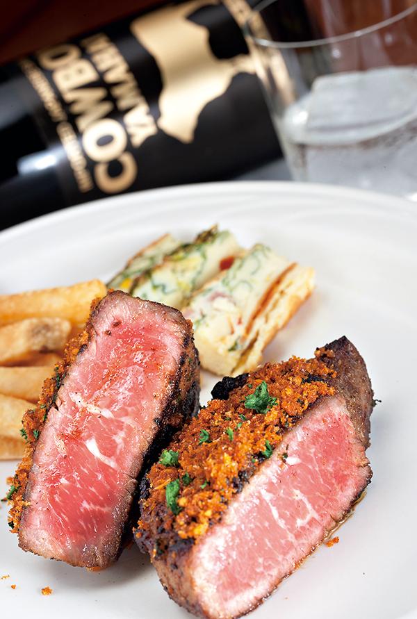 好的原酒可以襯托料理手法繁複的西餐,甚至油脂豐富的紅肉。