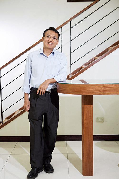泰博董事長陳朝旺深耕血糖儀領域,代工 與品牌雙管齊下,今年獲利大增