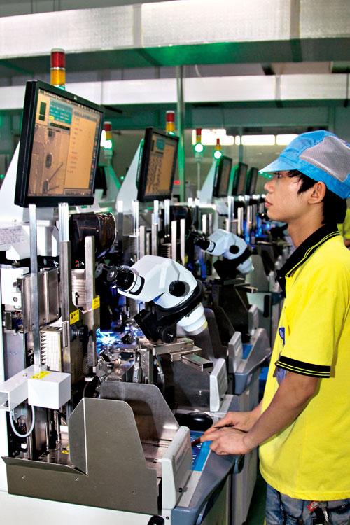 木林森生產線大膽採用銅線的製程,並申請 專利保護。