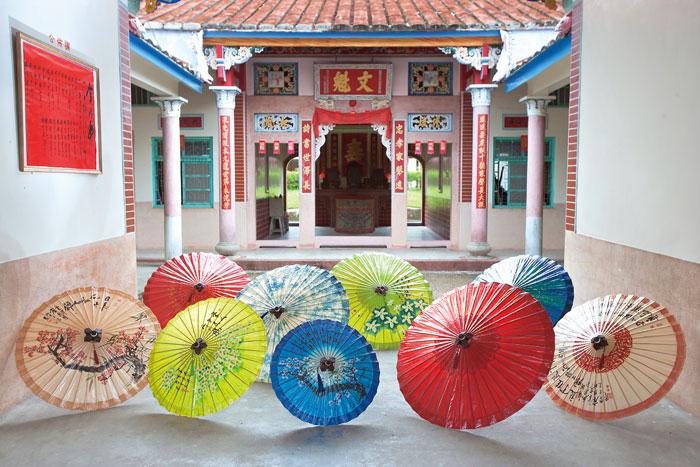 油紙傘是美濃特有的客家文化象徵。