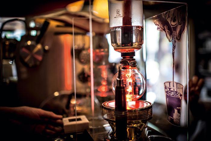 義式、冰滴,還是現煮的塞風咖啡,都是店裡的招牌。