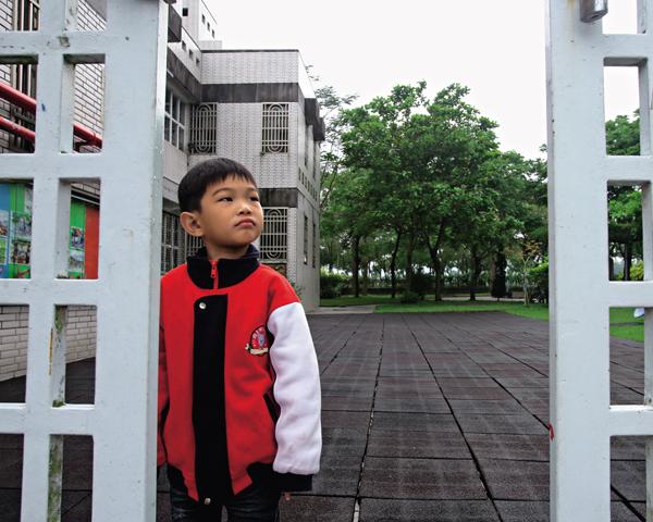 池上鄉托將在今年六月關閉,充滿 記憶的校園要關上大門了,「末代 中班生」來日還能在哪相聚呢?