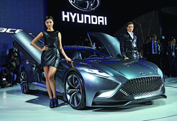去年韓國現代汽車市值一度快追上日本豐田汽車,如今只剩下豐田的17.7%,且面臨外國 進口車的威脅。
