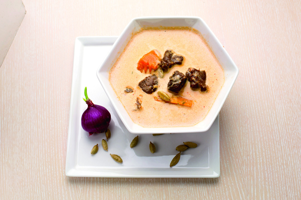 馬莎曼咖哩的香料 處理工序繁複,口 味豐富多重。