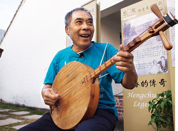 恆春民謠大師吳登榮是《思想起》作者陳達弟子。