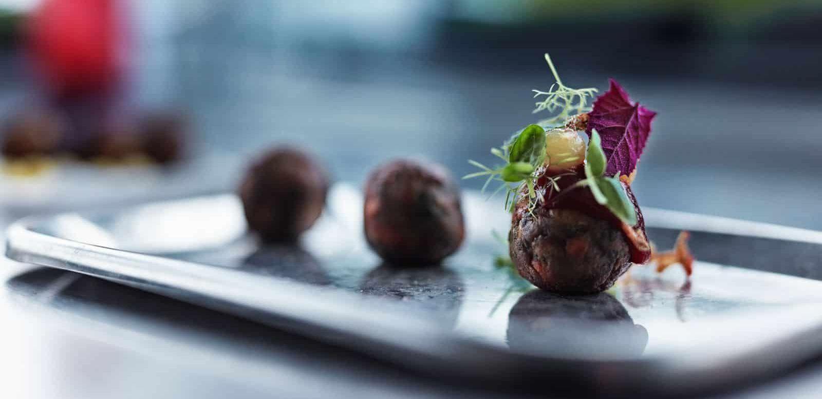 研發未來超級食物 IKEA 肉丸變昆蟲丸