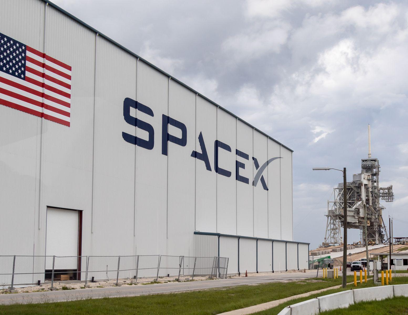 Space X 內部竟有神秘私校招收員工子女,學費全由馬斯克出資!