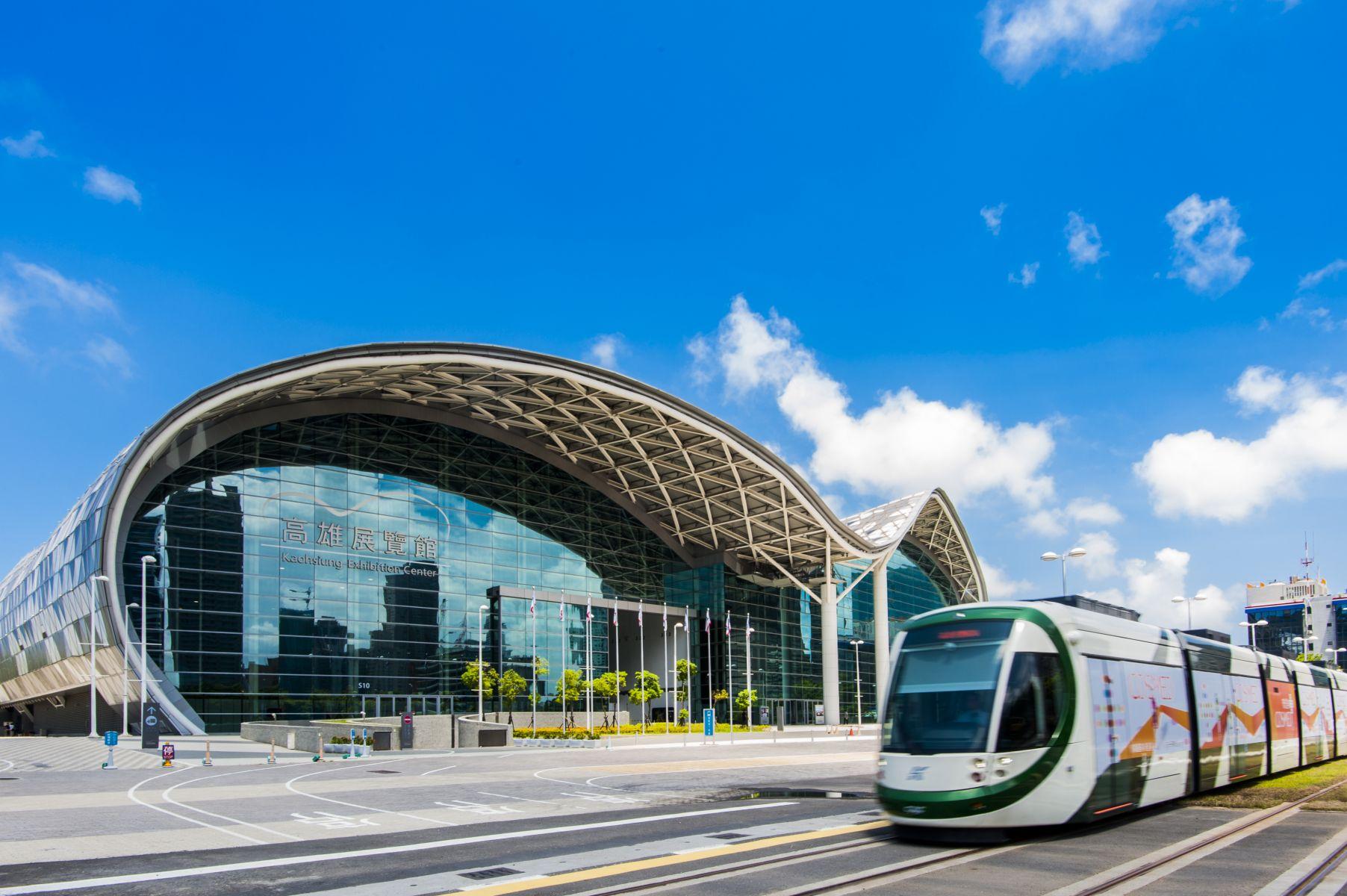 高雄捷運宣布 全線今起免費上網