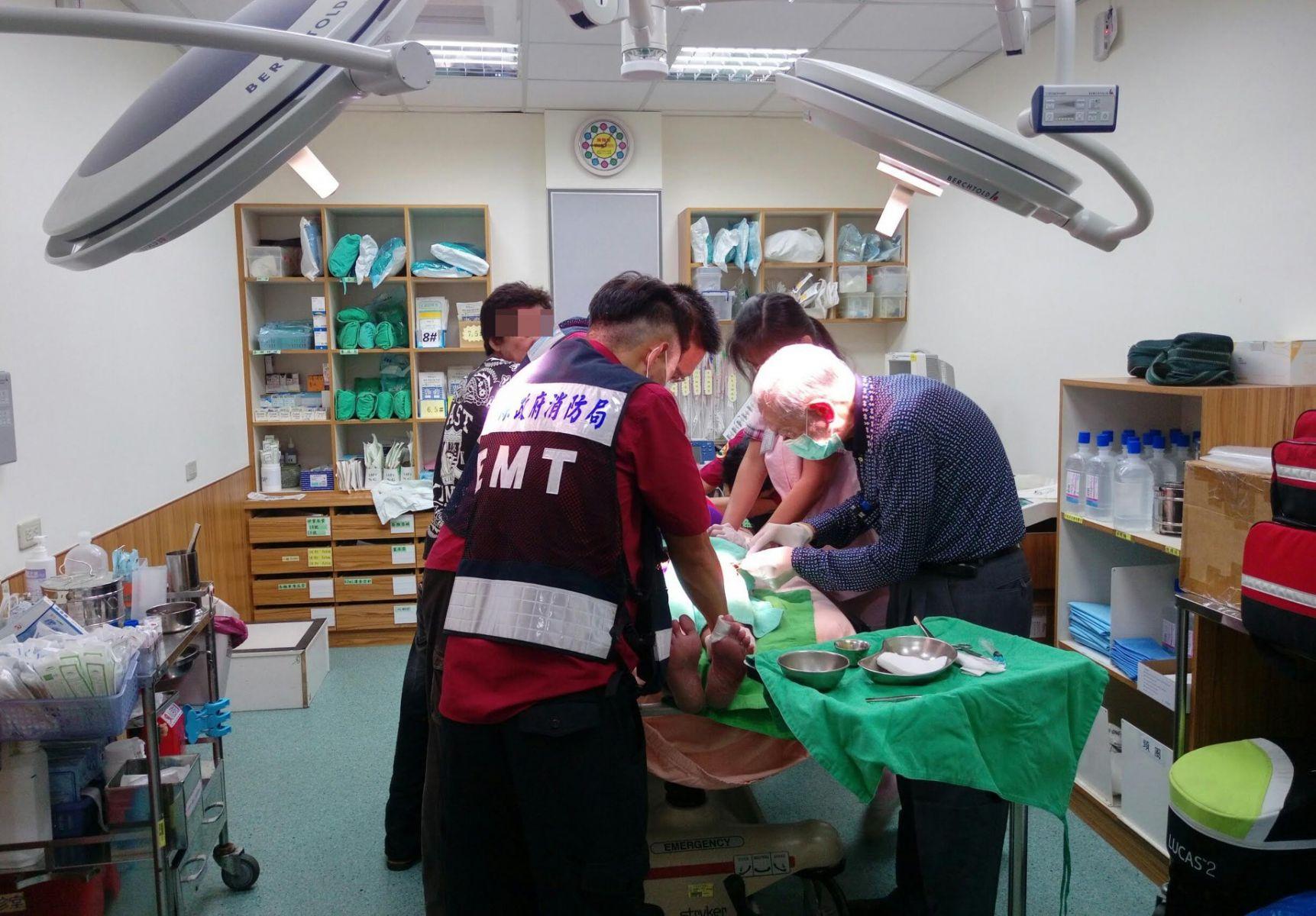 「年輕人你在哪裡?」 81歲白髮醫生駐守台灣尾