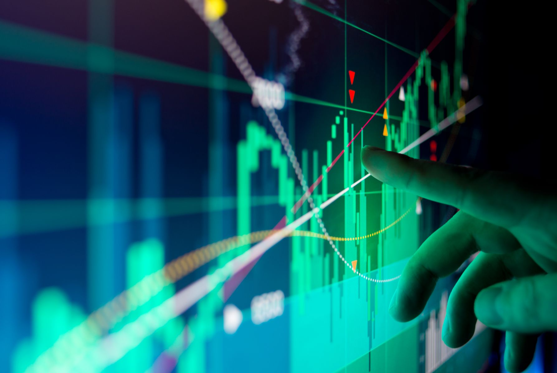 義大利政局動盪 銀行股領跌 道瓊大幅收低391點