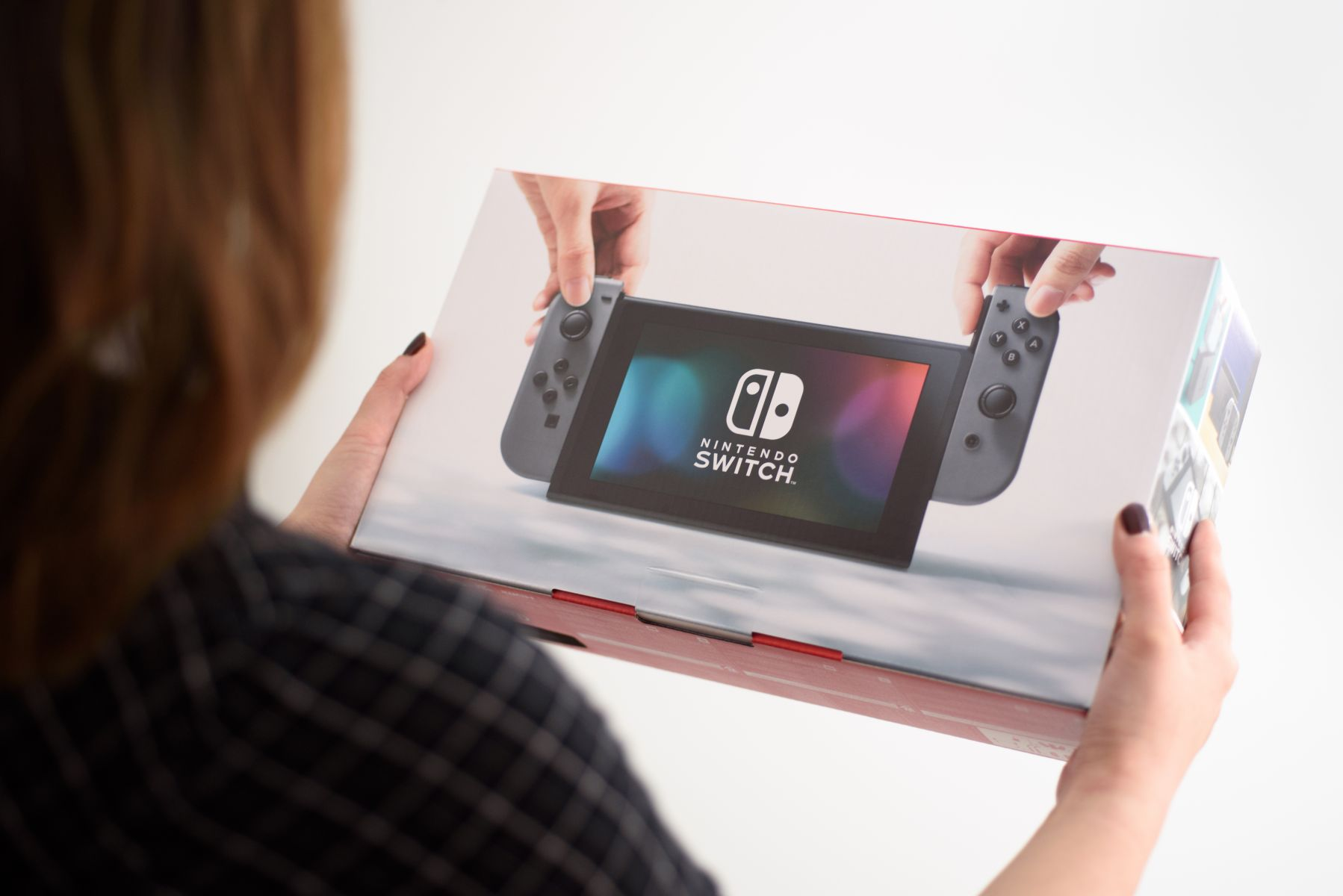 Labo開賣沒用、Switch日本二手價續跌;任天堂逆勢挫