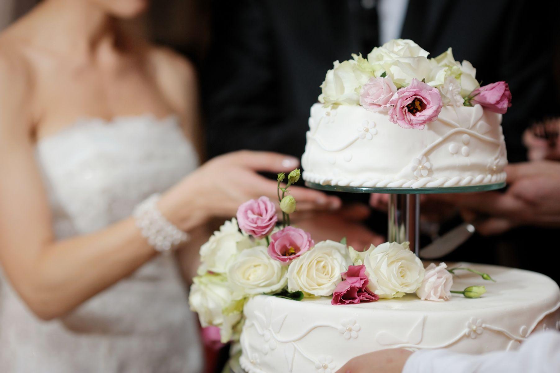 婚禮禮金要包多少?紅包行情表看這裡