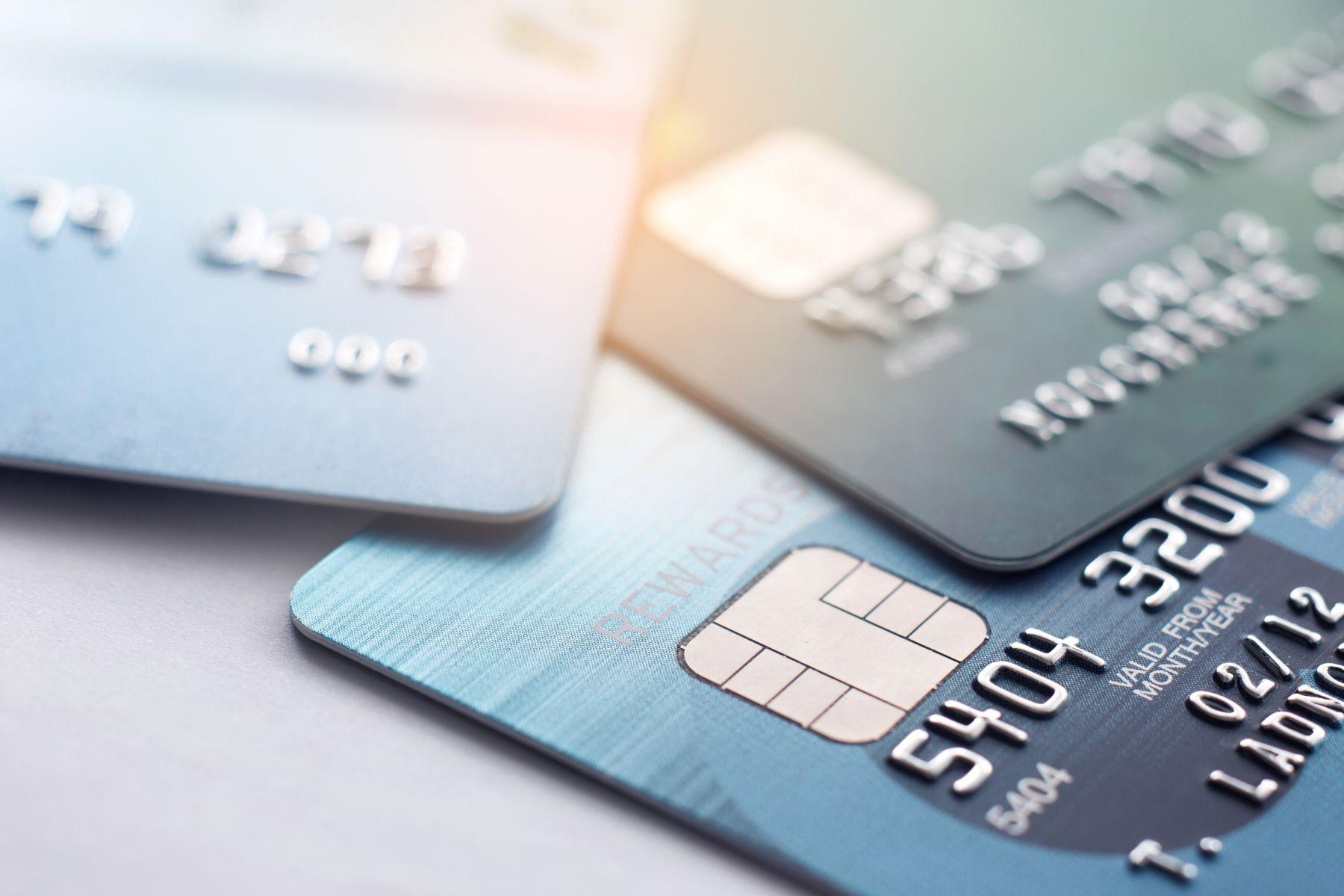 網購族必備!哪張信用卡回饋最多?快看這篇