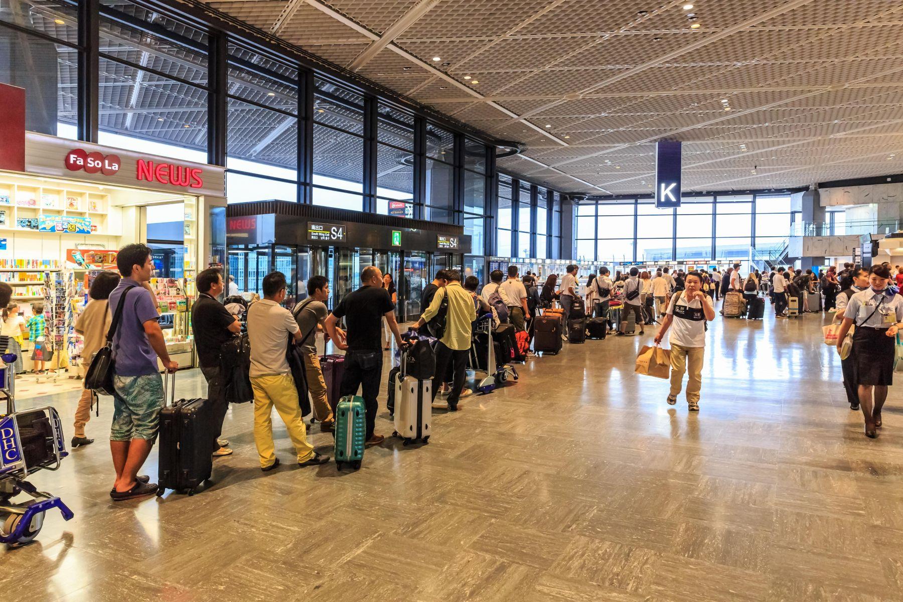 日本機場開白牌車接送旅客 台籍夫婦被捕