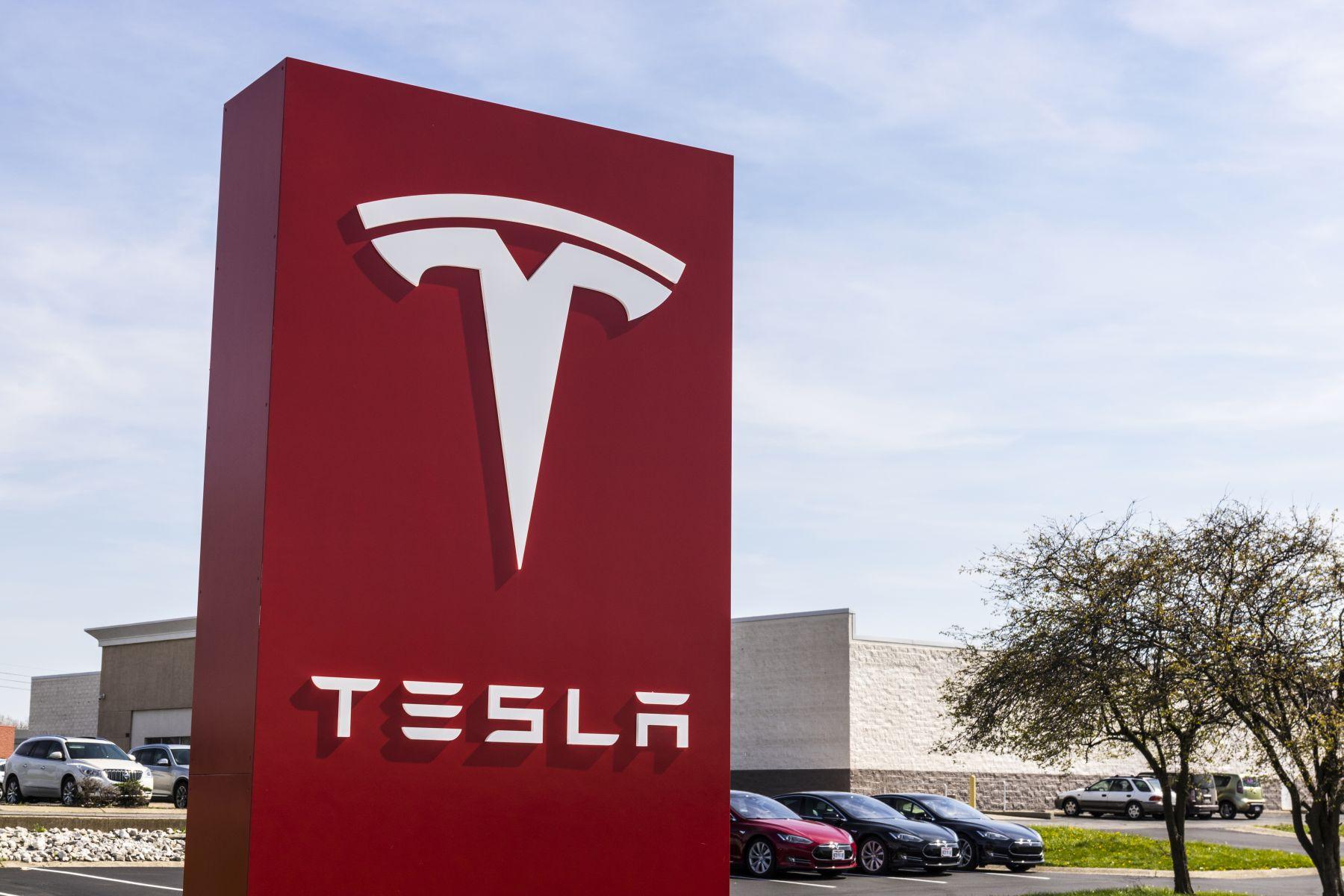 傳特斯拉達成週產5000輛Model 3目標 馬斯克:我們做到了!