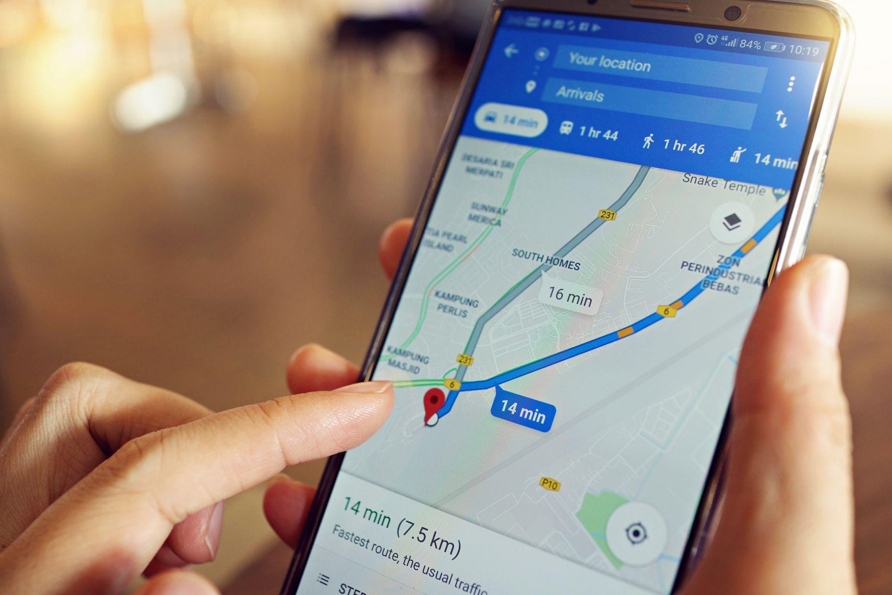 不用再開外掛啦!Google Map 全新「機車路線導航」在台上線