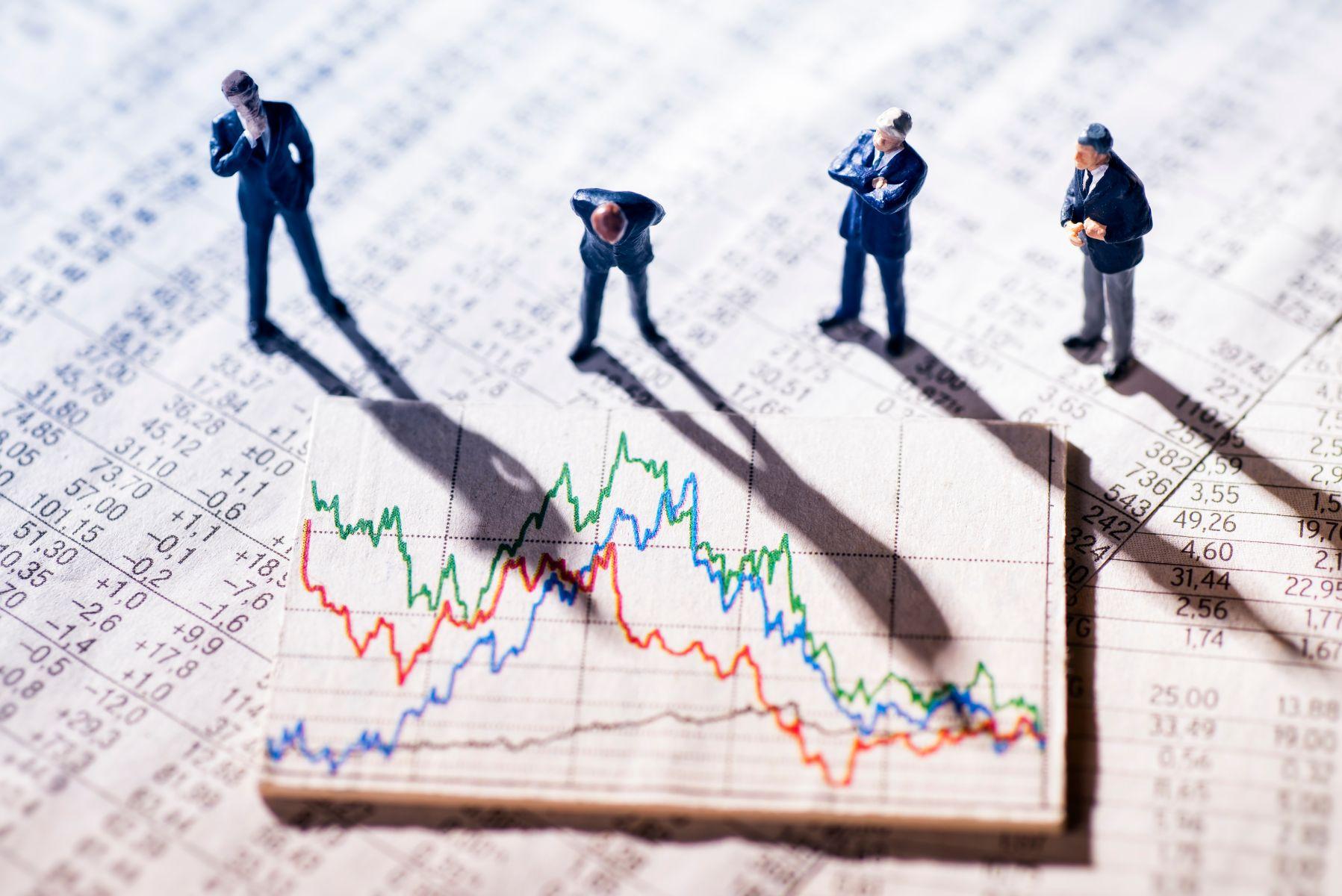 美股漲跌互見  台股面對半年報及七月營收該聚焦哪些類股?