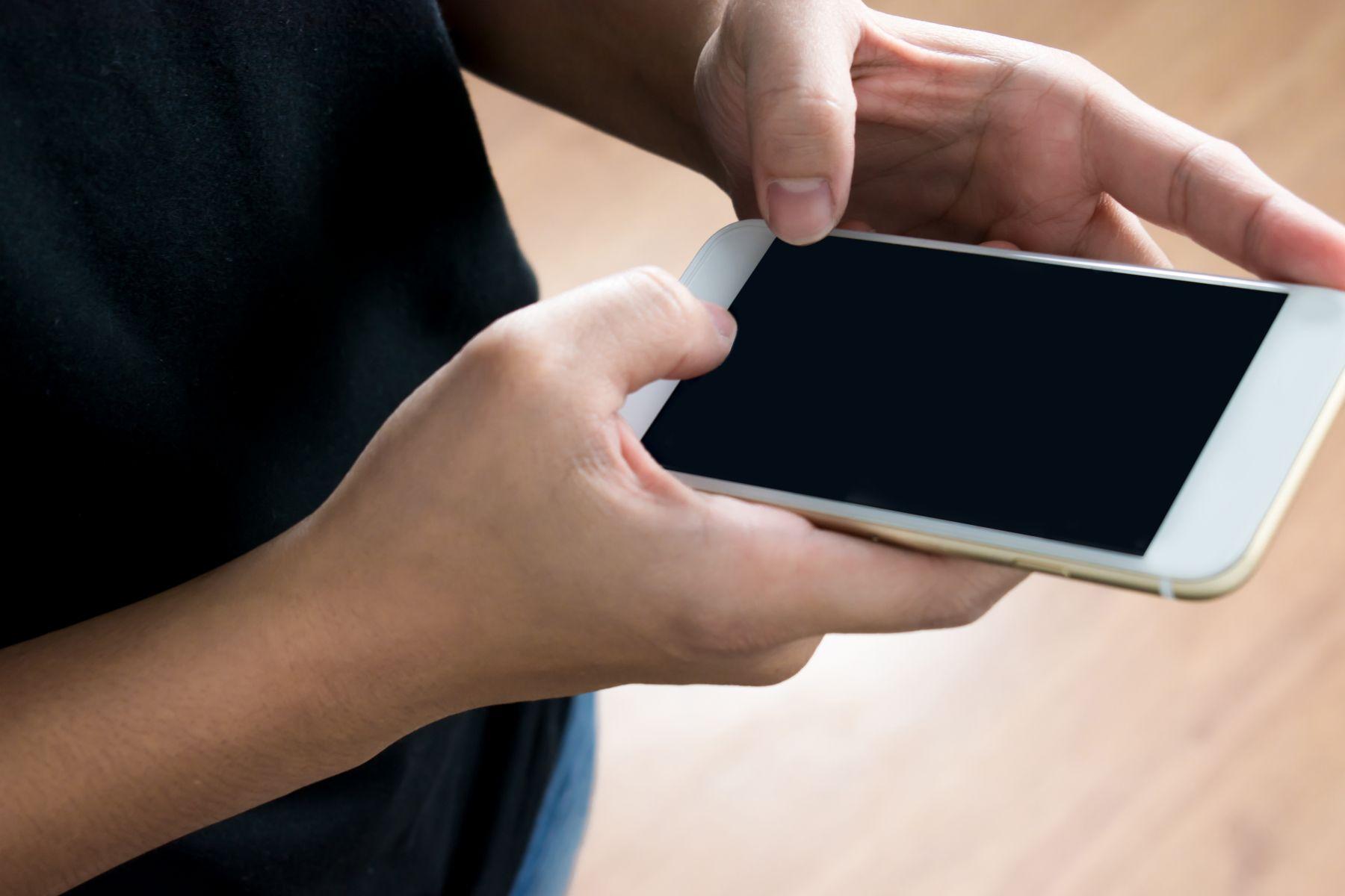 12萬3G用戶 元旦起終止服務