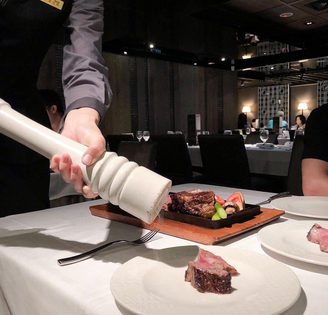 王品牛排、夏慕尼今起漲價 套餐最多漲60元