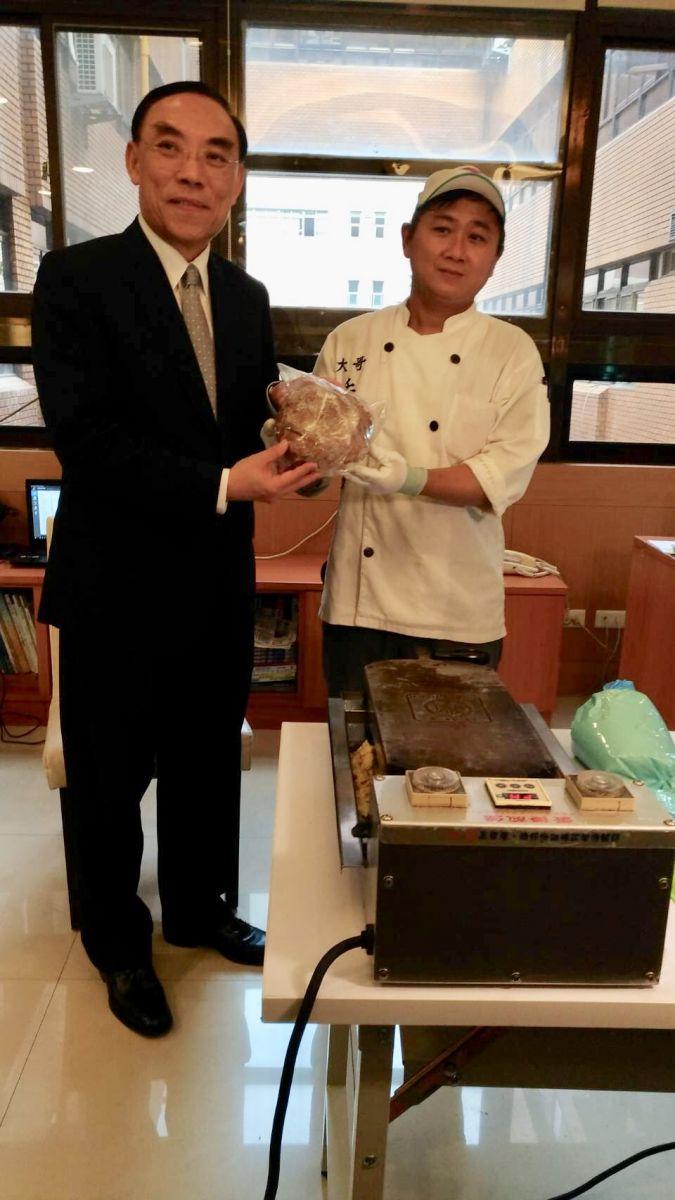 「大哥蛋捲」遇到暖心檢察官 催生出竹科熱門團購商品